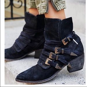 Free People Black suede Mason western boots 39 C1